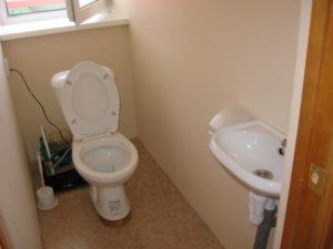 Туалет полулюксов