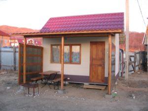 отдельный домик у озера с зоной отдыха